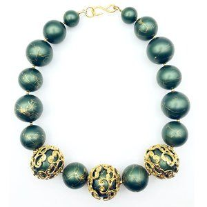 Jewelry - Fantastic Holiday Green + Gold Statement Necklace